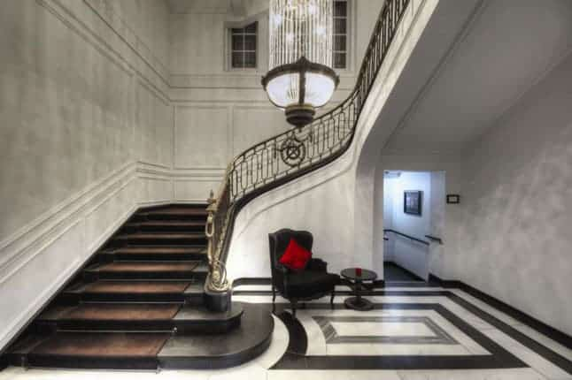 Contemporary 5 Star Accessible Elegance at Blythswood Square