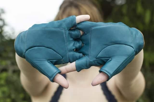 Tanni wheelchair gloves - nice but long gloves may be better