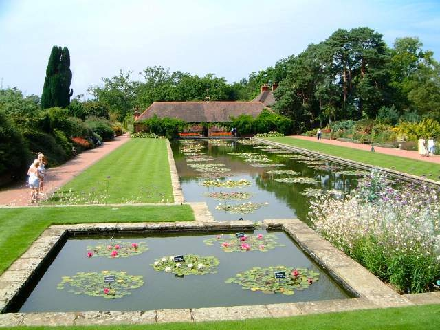 Rhs Gardens Wisley A Beautiful And Accessible Day Out Blue Badge Style