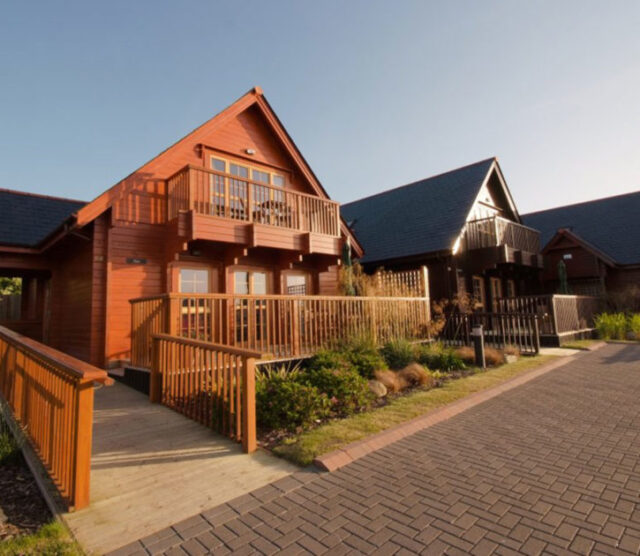 Gwel an Mor Portreath, Cornwall - Accessible Holiday Resort With Hoist & Perfect for a Social Bubble